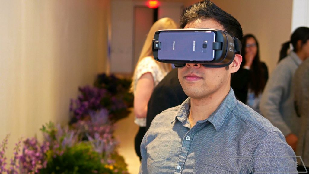 Samsung Gear VR gets its own web browser and improvements to Oculus Home